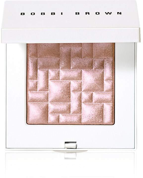 Bobbie Brown Highlighting Powder. BUY NOW!!!