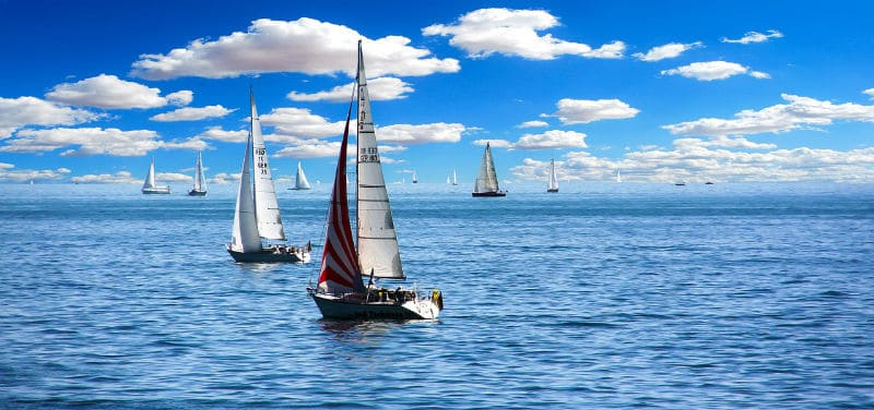 Tips To Choose The Right Boat For Sailing #boats #boating #sailing #beverlyhills #beverlyhillsmagazine