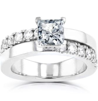 Diamond Ring. BUY NOW!!!