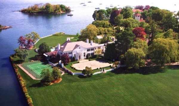 Donald Trump's First Mansion