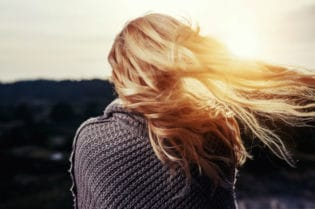 How To Avoid Damaging Your Healthy Hair