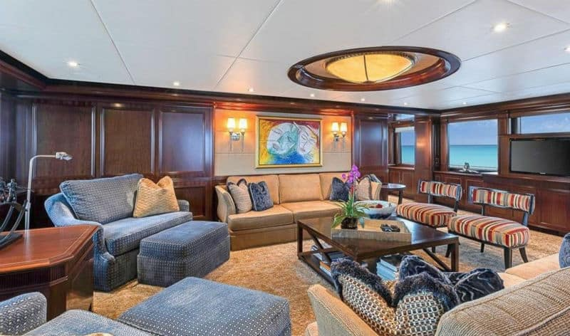 Sovereign 180 Newcastle For Sale $30,000,000 #beverlyhills #beverlyhillsmagazine #bevhillsmag #yacht #megayachts #travel #luxury #lifestyle