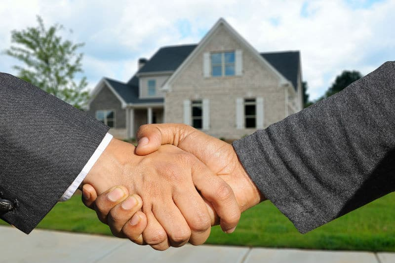 A Guide to Real Estate Investment Options #realestate #homes #business #success #money #investing #investment