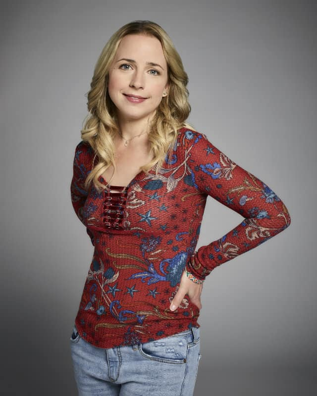 Women in TV: Lecy Goranson of Roseanne ⋆ Beverly Hills ...