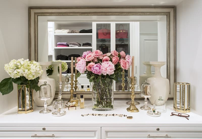 Inside Celebrity Closets : Celebrity Closets With Lisa ...