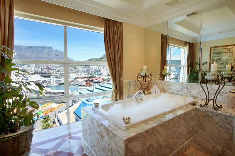 Travel To Table Bay Hotel, South Africa