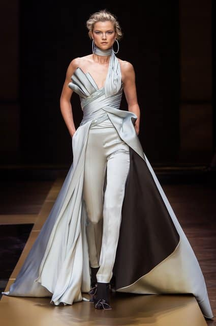 VERSACE Runway Fashion 2016