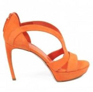 Alexander McQueen Heels. BUY NOW!!!