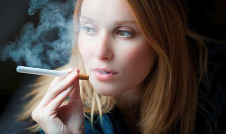 What You Need To Know About e-cigarettes & Your Skin #beauty #beverlyhills #beverlyhillsmagazine