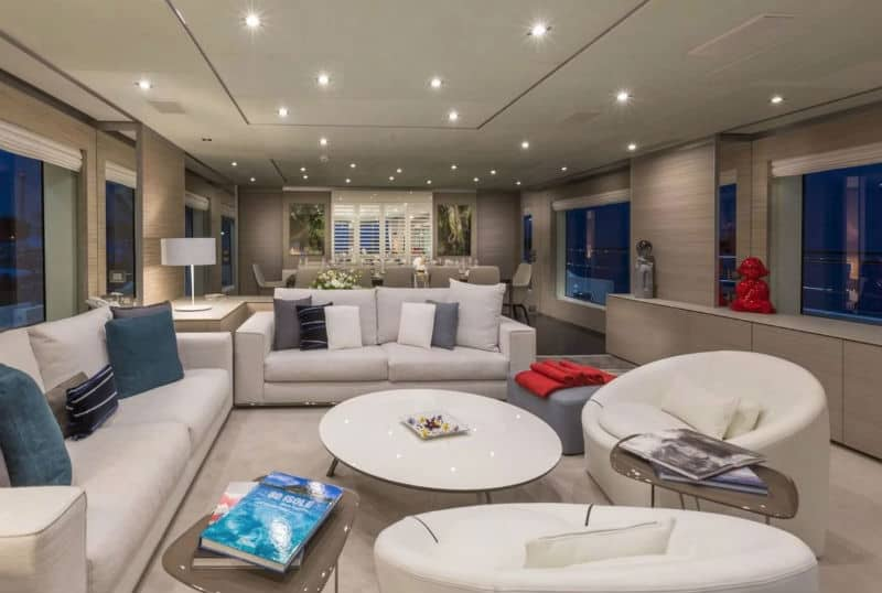 Benetti Veloce Yachts For Sale $13, 450,000 #beverlyhills #beverlyhillsmagazine #bevhillsmag #yacht #megayachts #travel #luxury #lifestyle