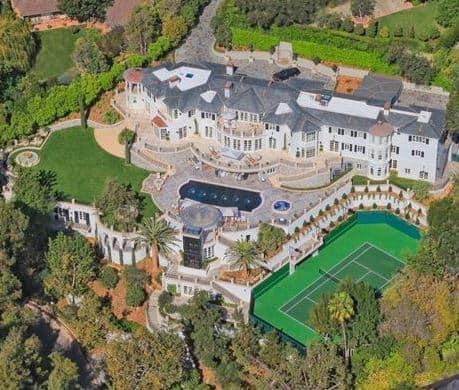 Tax benefits of real estate beverly hills magazine for Famous homes in beverly hills