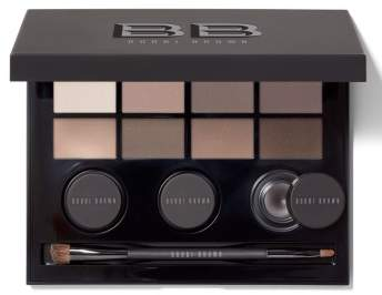 Bobbi Brown Eye Shadow Kit. BUY NOW!!! #beverlyhillsmagazine #beverlyhills #bevhillsmag #makeup #beauty #skincare