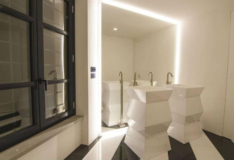 Enjoy #Italy with this Luxury Gubbio #Villa $21,050,000 #beverlyhills #beverlyhillsmagazine #luxury #realestate #homesforsale #gubbio #dreamhomes #beverlyhills #bevhillsmag #beverlyhillsmagazine