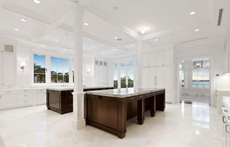 Palm Beach Dream Home $61,500,000 #luxury #dreamhomes #mega #mansions #florida #realestate #beverlyhills #beverlyhillsmagazine #bevhillsmag