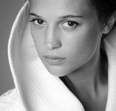 Hollywood Spotlight: Alicia Vikander