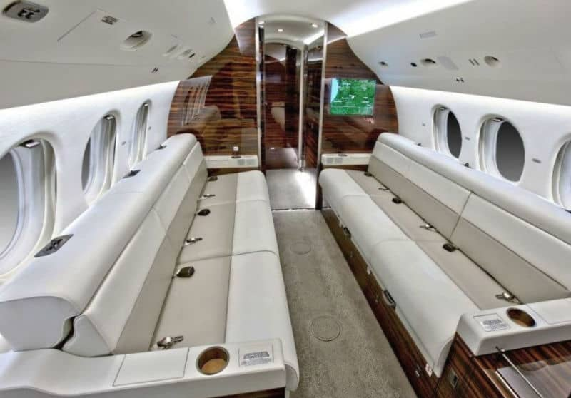 Dassault Falcon 7X #Jetlife #private #jets #luxury #entrepreneur #life #luxurylifestyle #buy #jetsforsale #exclusive #jet #lifestyle #fly #privatejet #success #inspiration #believeinyourdreams #anythingispossible #dream #work #believe #withGodallthingsarepossible #beverlyhills #BevHillsMag #dassualt #falcon #falcon7x
