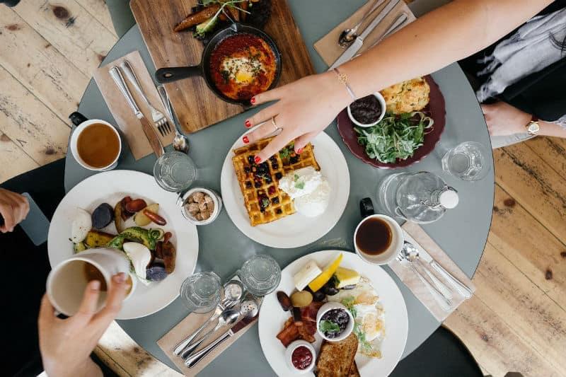7 #Amazing Restaurants Celebrities Love #food #celebrities #love #celebrity #life #restaurants #bestrestaurant #bevhillsmag #beverlyhillsmagazine #beverlyhills