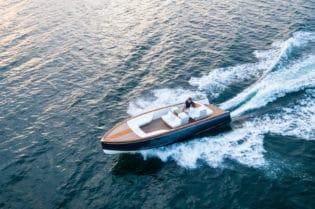 Hinckley Luxury Yachts