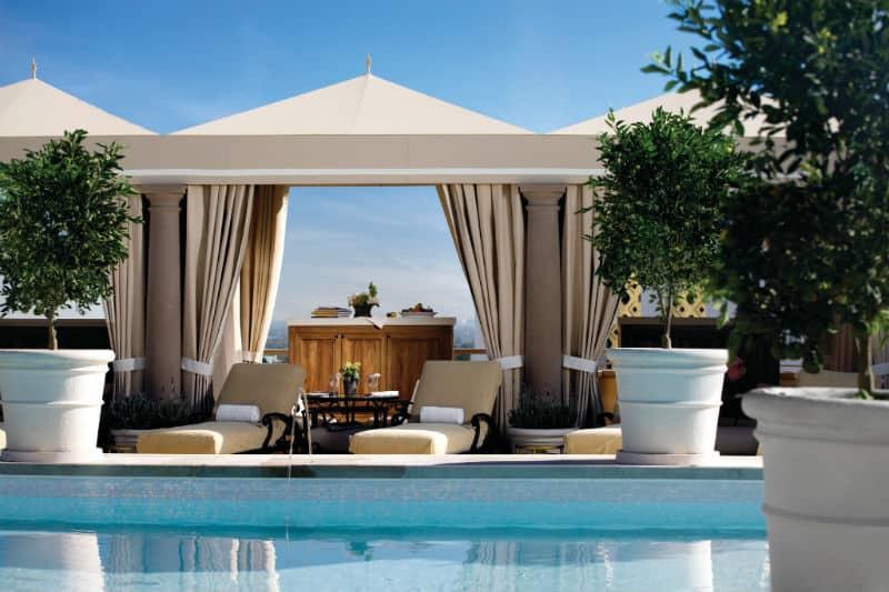 #beverlyhills #beverlyhillsmagazine #luxury #realestate #homesforsale #hotels #hotel #dreamhomes #celebrities