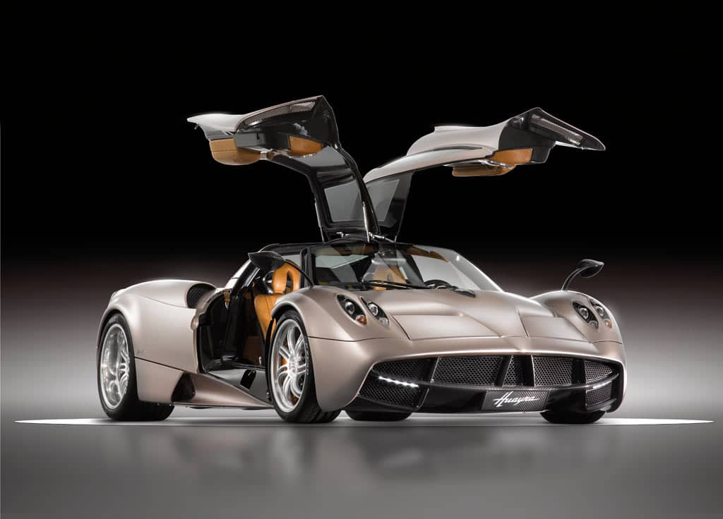 Most_Expensive_Car_Pagani_Huayra_Beverly_Hills_Magazine