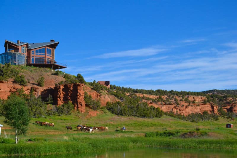 Travel To Red Reflet Ranch In Wyoming