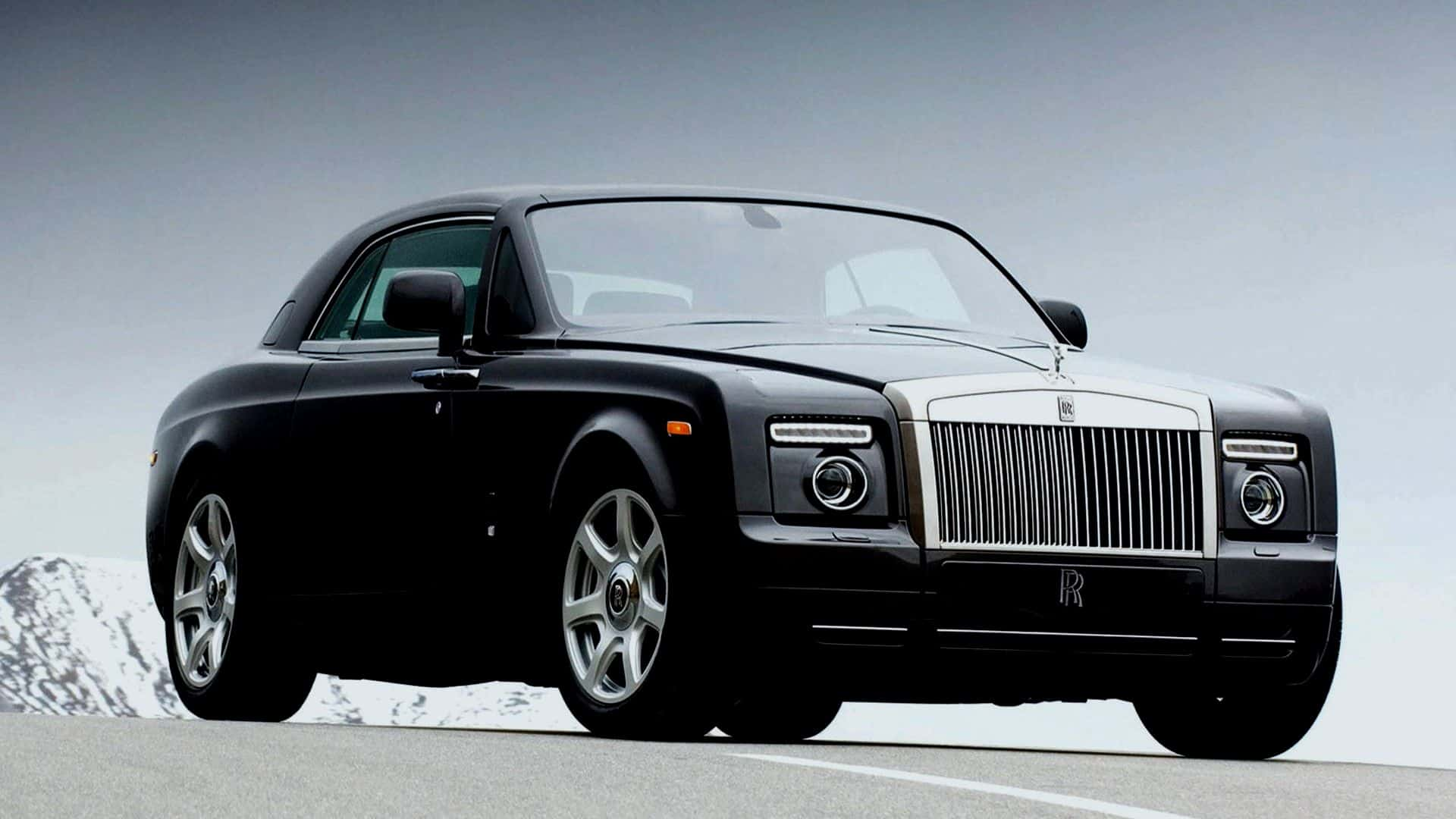 Luxury motors rolls royce phantom beverly hills magazine for Expensive wallpaper companies