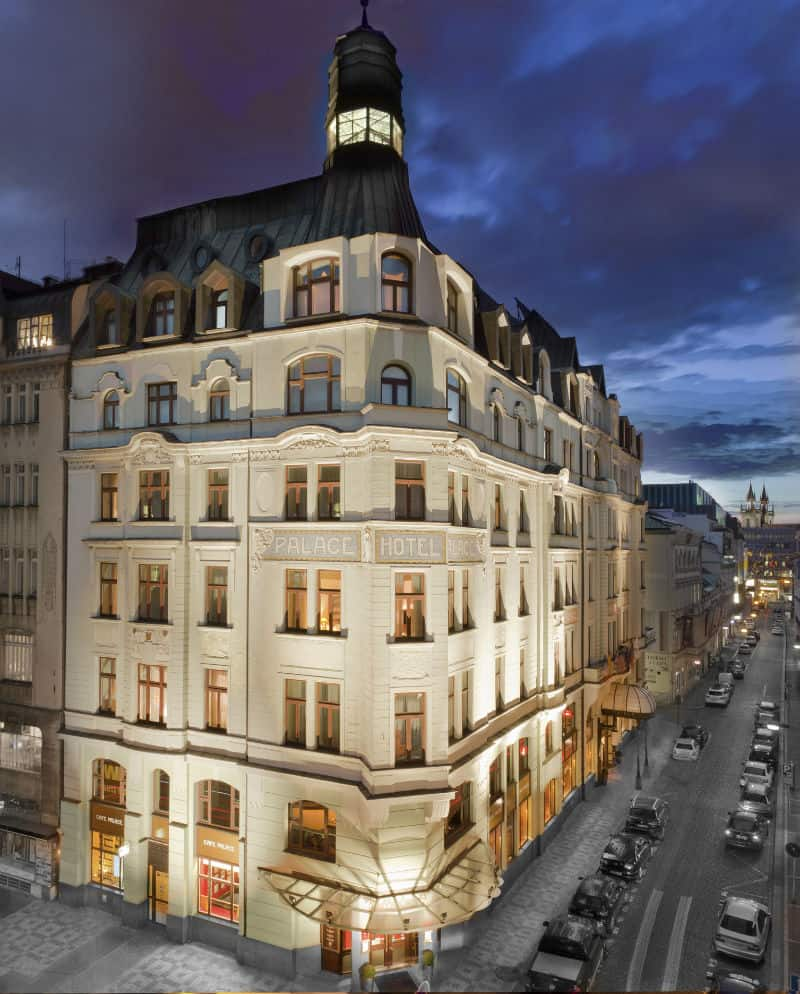 Beverly hills magazine the leader in hollywood fashion for Luxury hotels prague