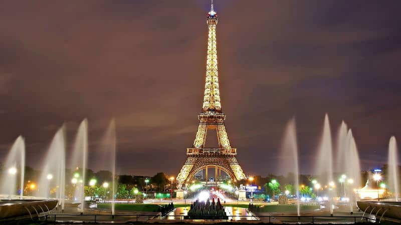 TOP 10 PLACES TO VISIT IN #PARIS #vacation #travel #bucketlist #beverlyhills #beverlyhillsmagazine #france
