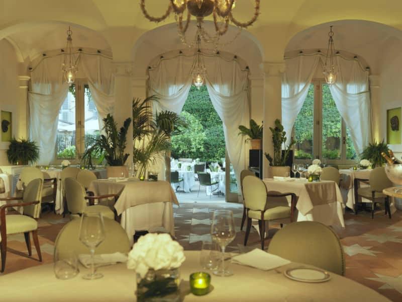 Hotel De Russie #Italy #rome #travel #5star #luxury #hotels #europe #beverlyhills #beverlyhillsmagazine #bevhillsmag