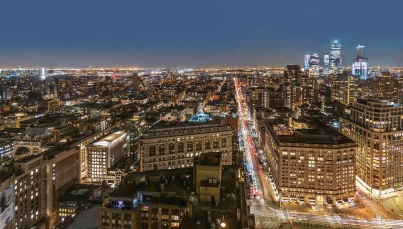 Tom Brady & Gisele Bundchen NYC Apartment For Sale $13,950,000 #beverlyhills #beverlyhillsmagazine #luxury #realestate #homesforsale #newyork #nyc #newyorkcity #dreamhomes #celebrities