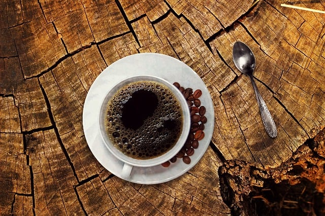 6 Fantastic Coffee Benefits For Your Skin #coffee #skin #beauty #beautiful #antiaging #skincare #beverlyhills #beverlyhillsmagazine #bevhillsmag