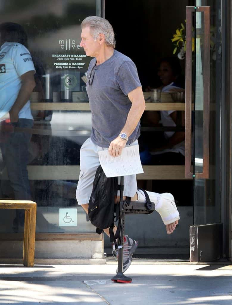 iWalk2.0 Medical Breakthrough Replaces Crutches #health #medical #iwalk #crutches #brokenleg #cool #inventions #beverlyhills #beverlyhillsmagazine #bevhillsmag